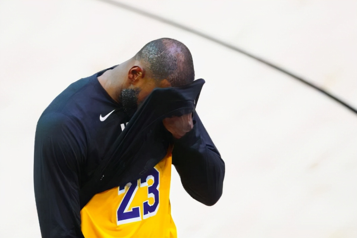 再見湖人,再見NBA!要小喬丹也不要你,承認吧,你是冠軍絕緣體