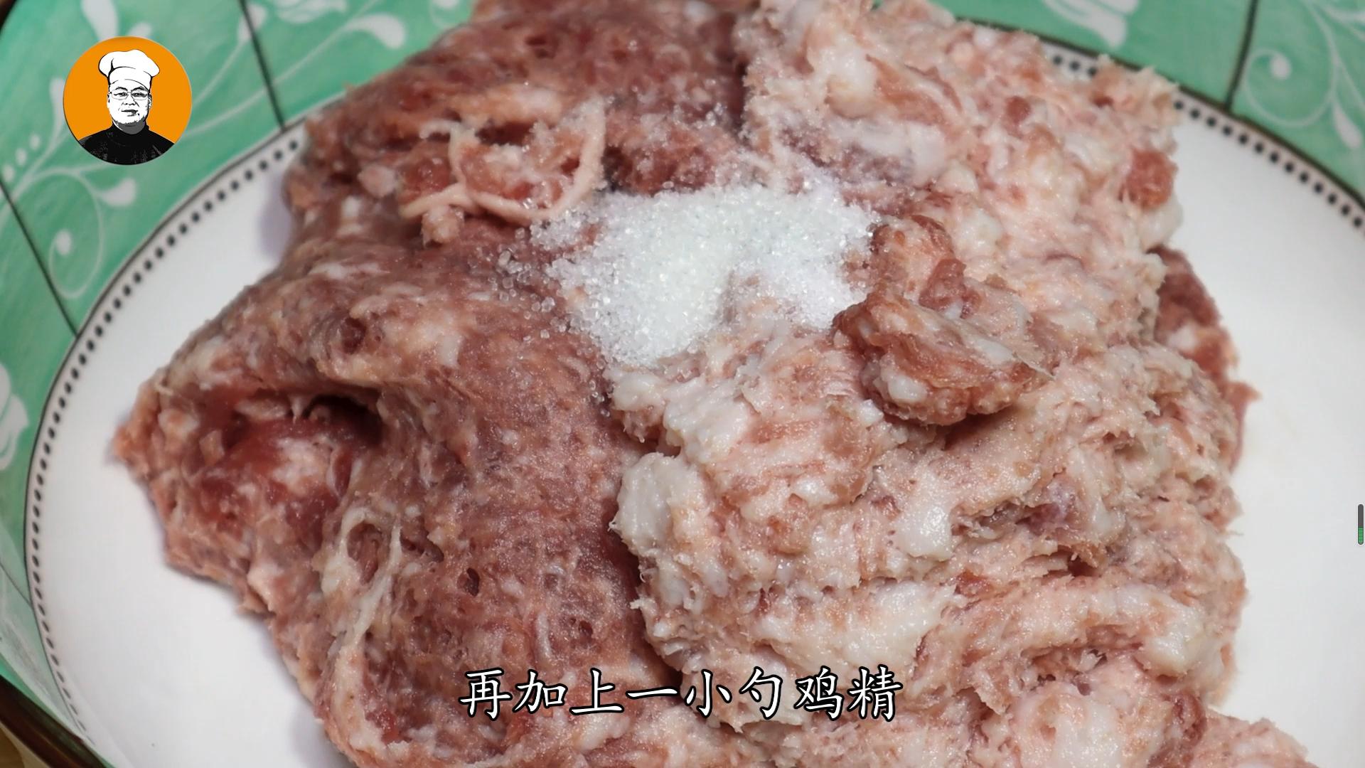 红烧狮子头正确做法,大厨手把手教你,软糯鲜香不肥腻,值得一试 美食做法 第5张