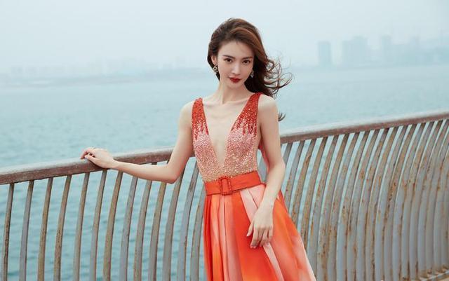 金晨裙子配色好像雪花肥牛上热搜了?到底是怎么回事?