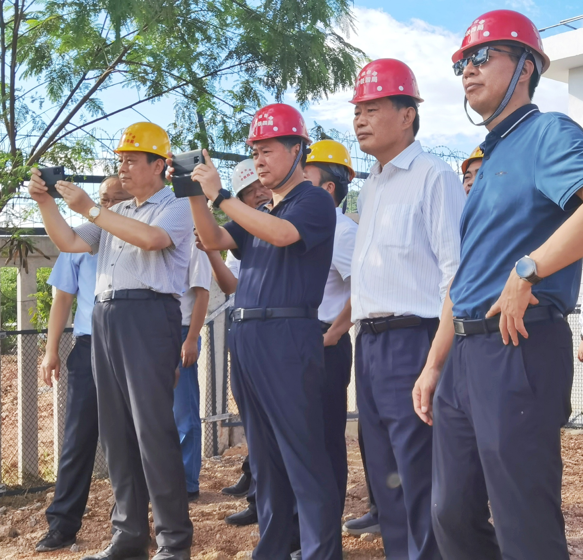 国铁集团副总工程师、建设管理处主任王峰到玉磨铁路调研检查