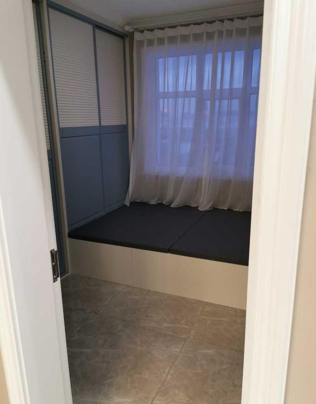 邻居家的新房硬装刚装好,忍不住过去偷瞄,全屋定制橱柜真大气