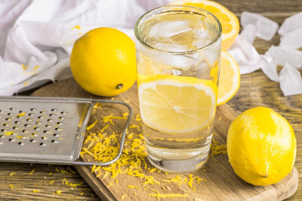 怎么喝水才能提高减肥速度?6个喝水小技巧学习一下 减肥瘦身 第3张