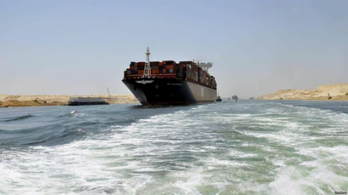 """苏伊士运河常年""""堵船"""":守着聚宝盆的埃及,"""