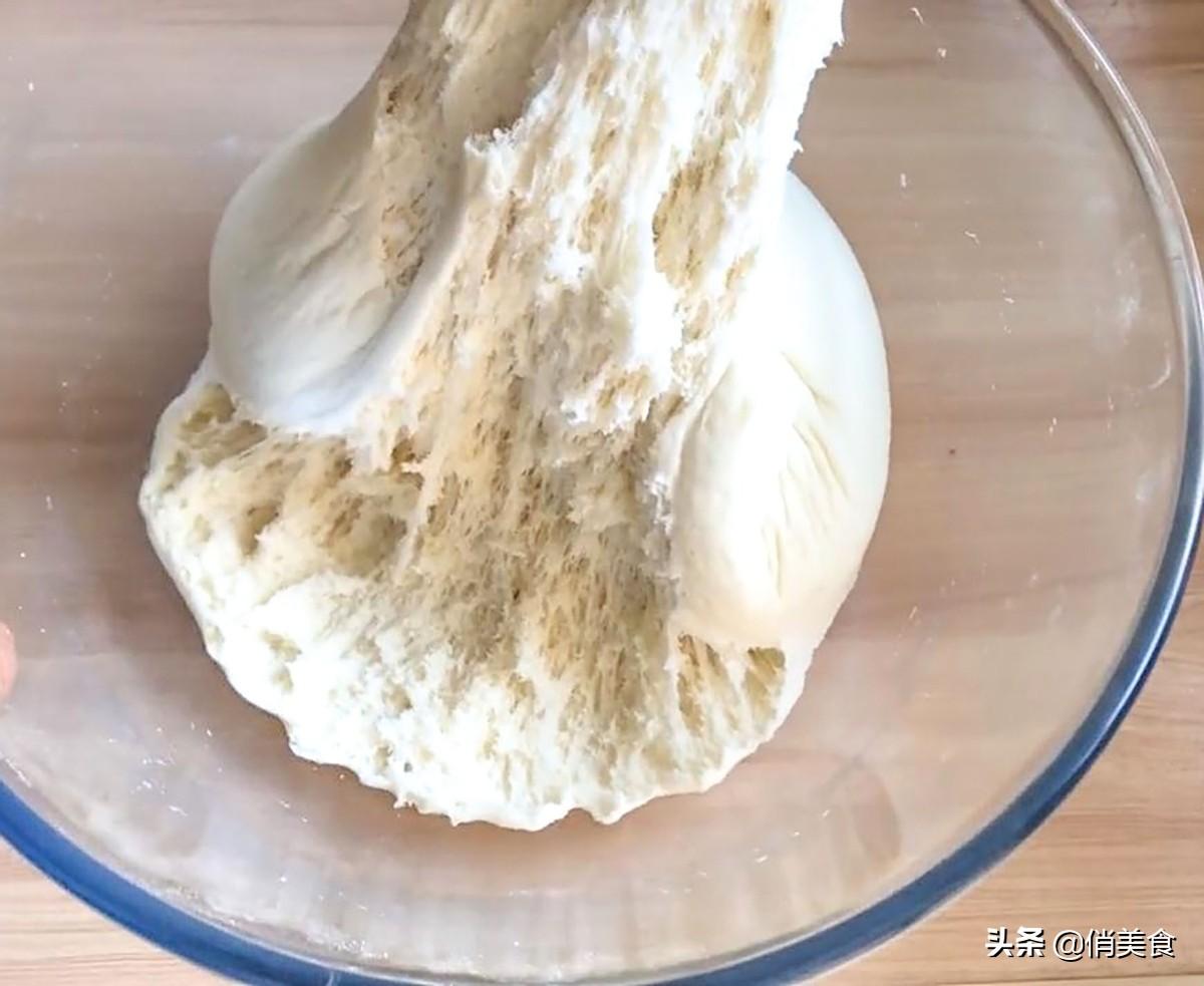 蒸馒头别只加酵母,学会加2白,馒头凉了也不硬,暄软好吃有嚼劲 美食做法 第11张