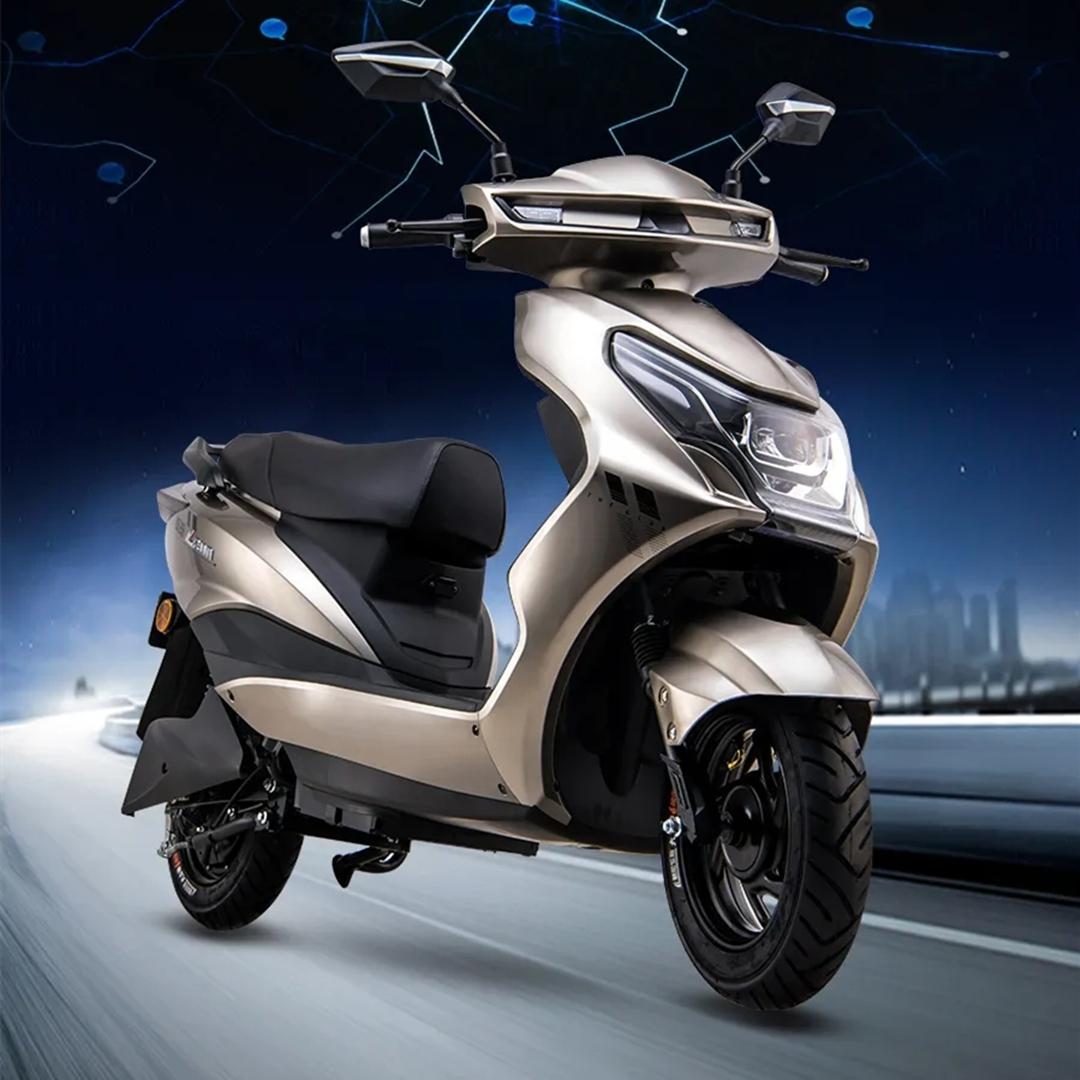 爱玛又推一款新车,配备石墨烯电池,续航超过100公里