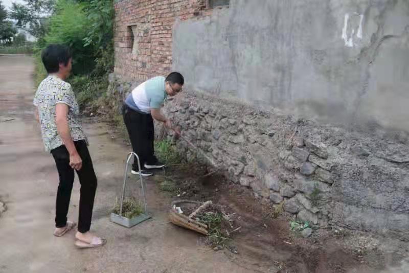 竹山县擂鼓镇:党建引领农村人居环境整治助力乡村振兴