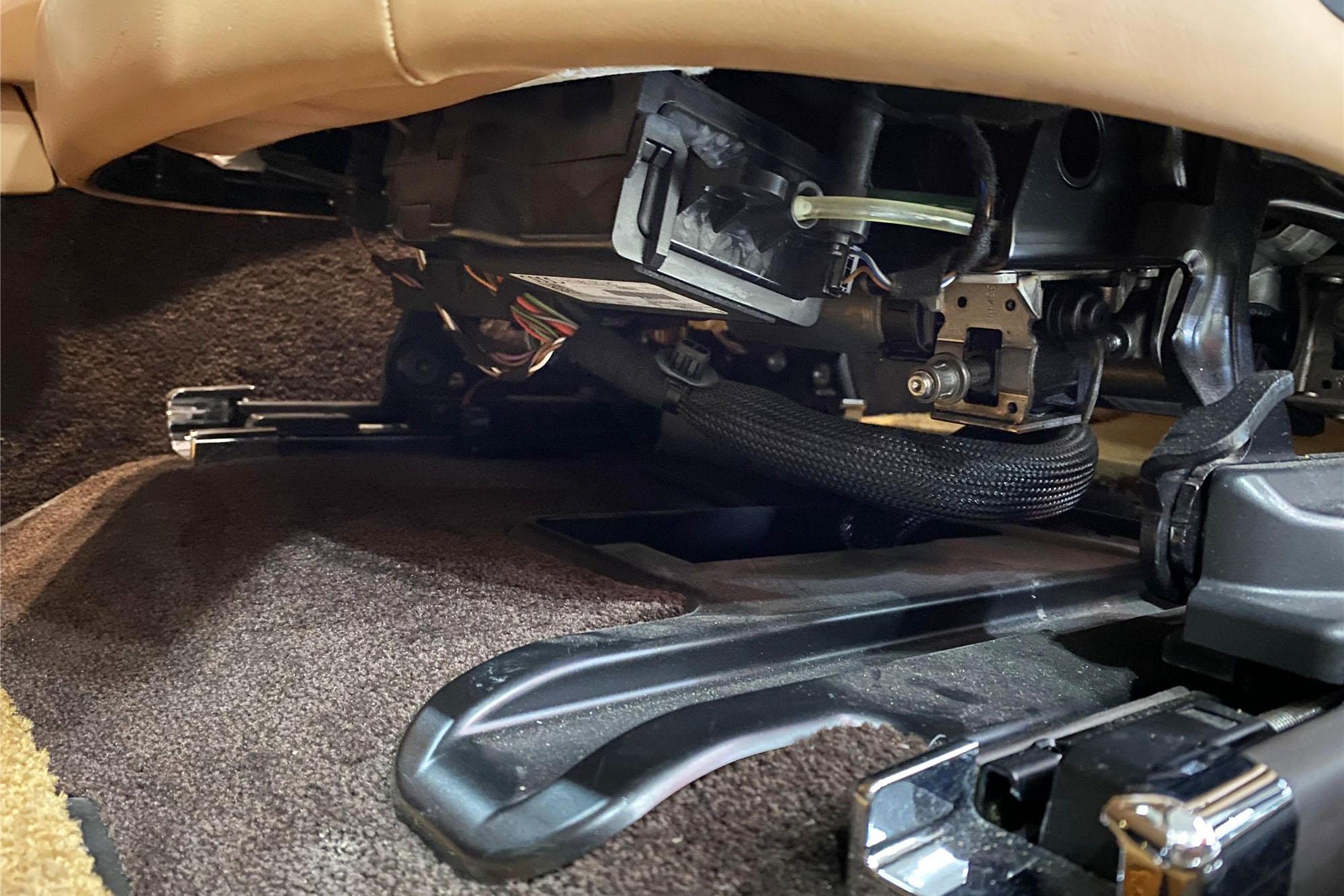 600w的宾利切割修复被说成钣金,车商偷换概念再胜一轮.慕尚检测记