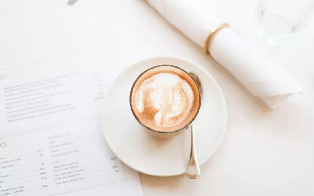 咖啡一天喝几杯合适(每天喝几杯咖啡最好)
