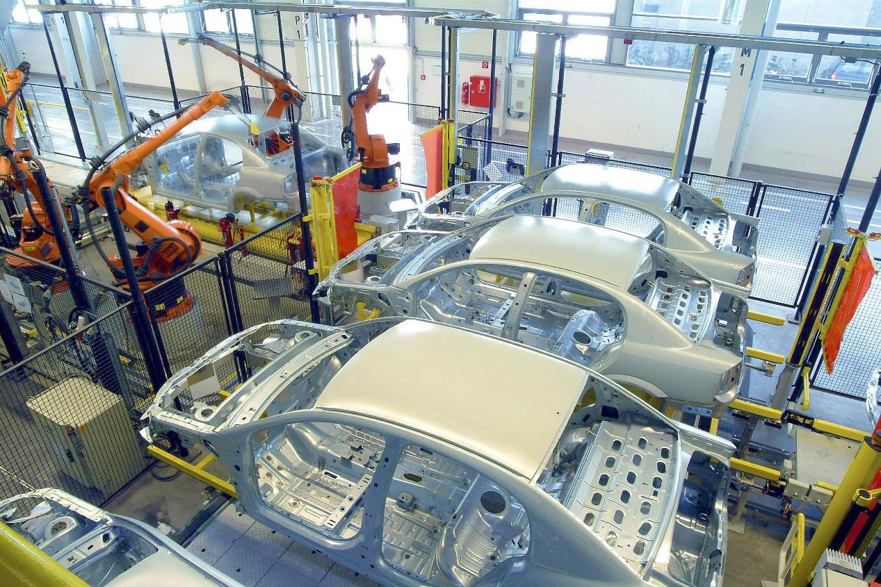 出口创新高,数据连连涨,自主新能源汽车的走出去一片大好