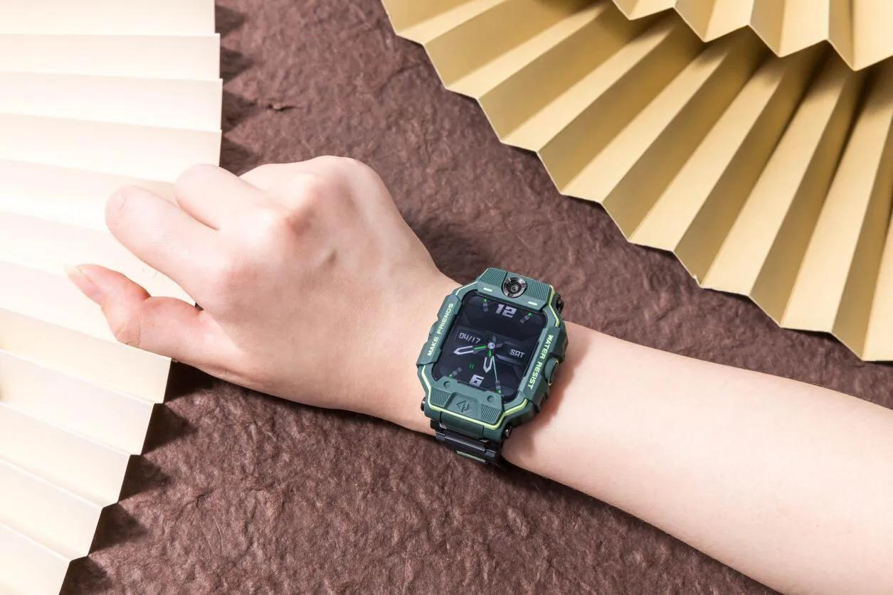 小天才电话手表z6巅峰版多少钱?最新款评测