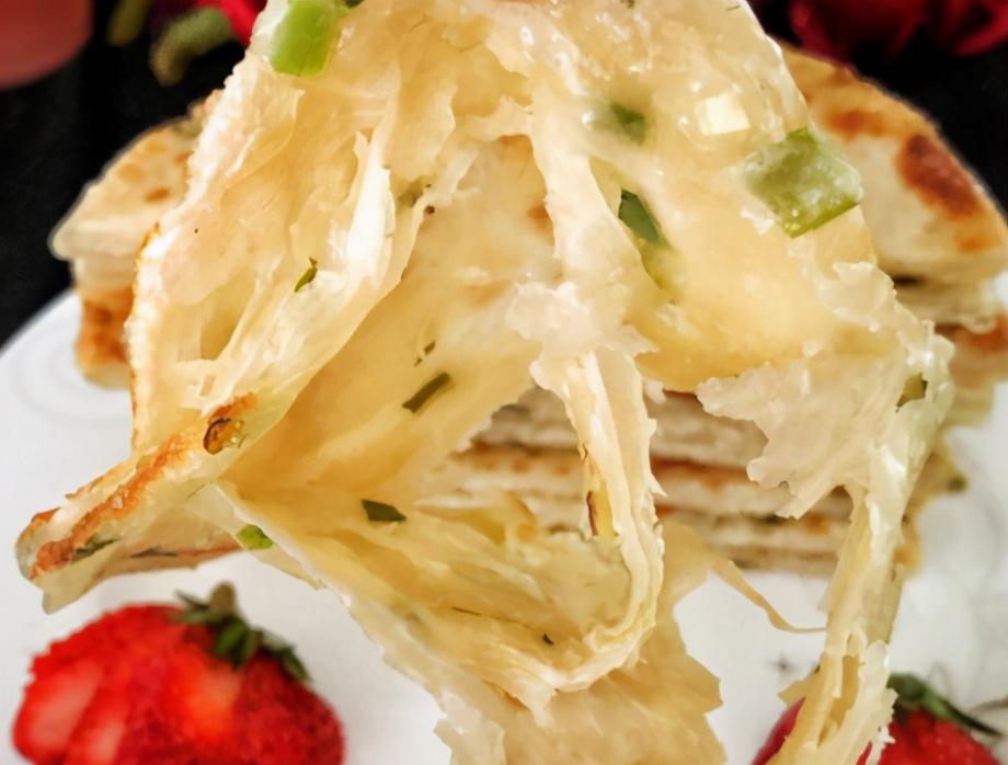 葱油饼的家常做法步骤图 做对了比手抓饼还香