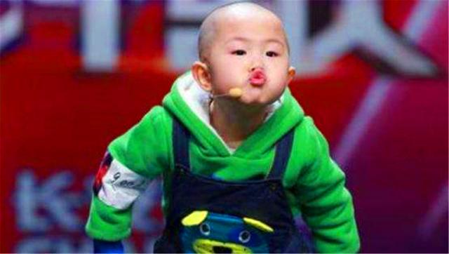 张峻豪:3岁走红,4岁上春晚,7年过去了,他现在如何?