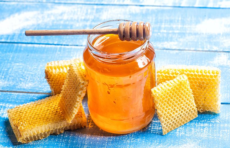 蜂蜜会导致上火,还容易高血糖?这些年你的蜂蜜可能都白喝了