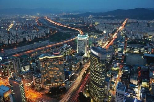 首尔房价3年涨52%,房地产调控为何失败?