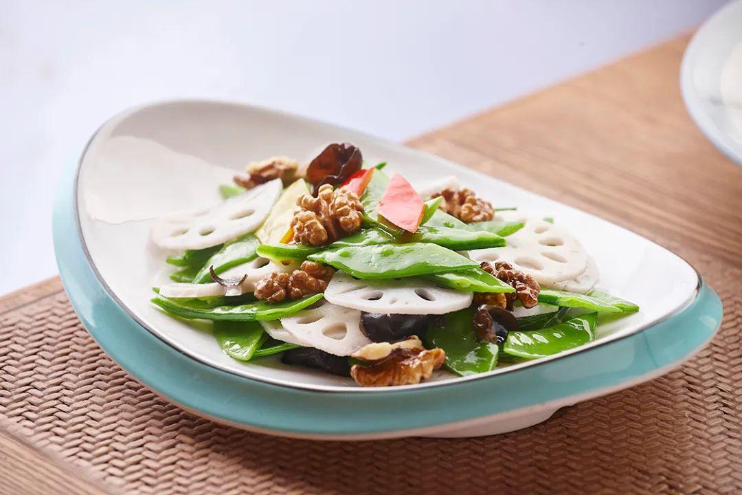 在郑州已开有20余家门店的解家河南菜,又有多款新菜品上市啦!