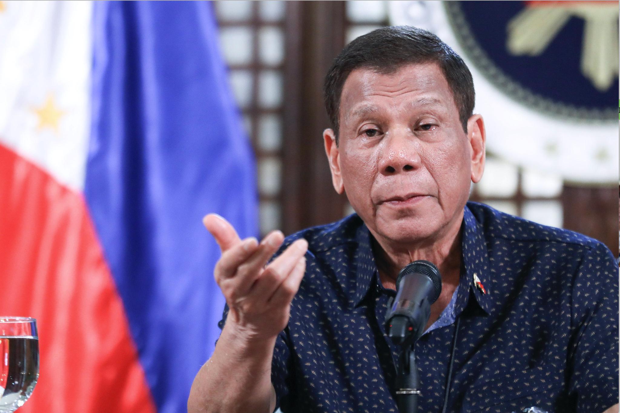南海局势危机,应对中国,菲律宾总司令表态:在南海岛礁大兴土木