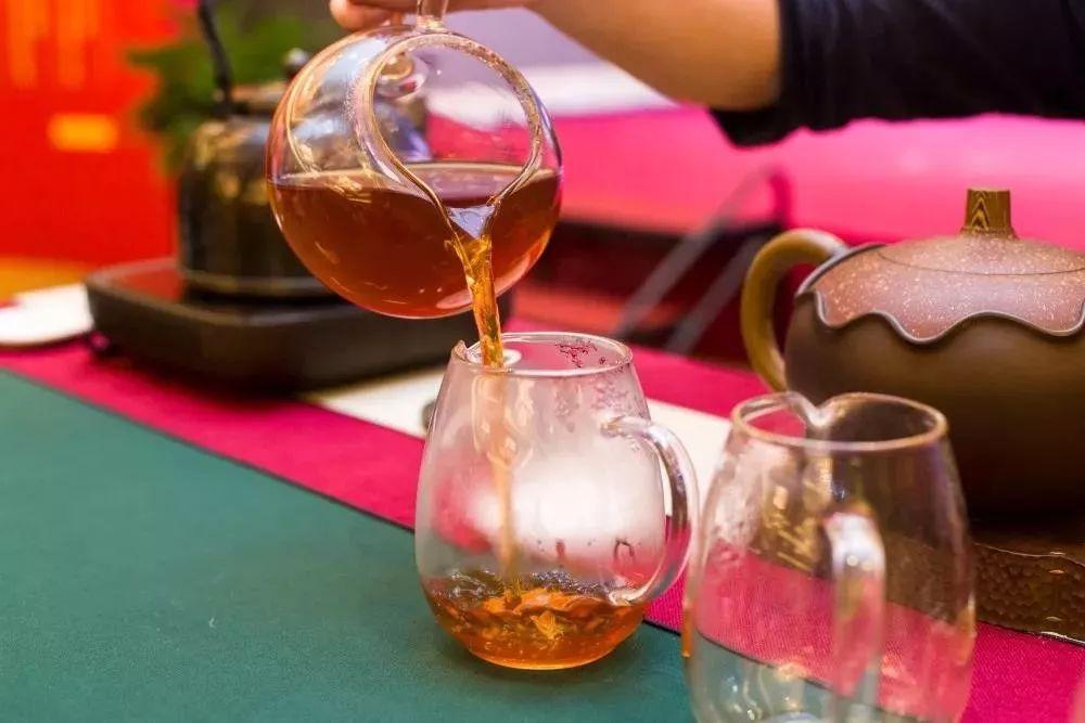 下沉市场,会成为茶行业未来长期增长点?茶企们该拼一把了