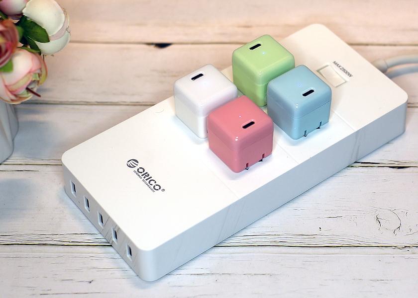 4插口5USB�Q�好看又实用的奥睿科多功能插�U�板