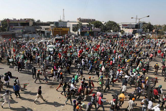 特鲁多公开支持印度抗议活动,莫迪被戳到痛处,警告加别多管闲事