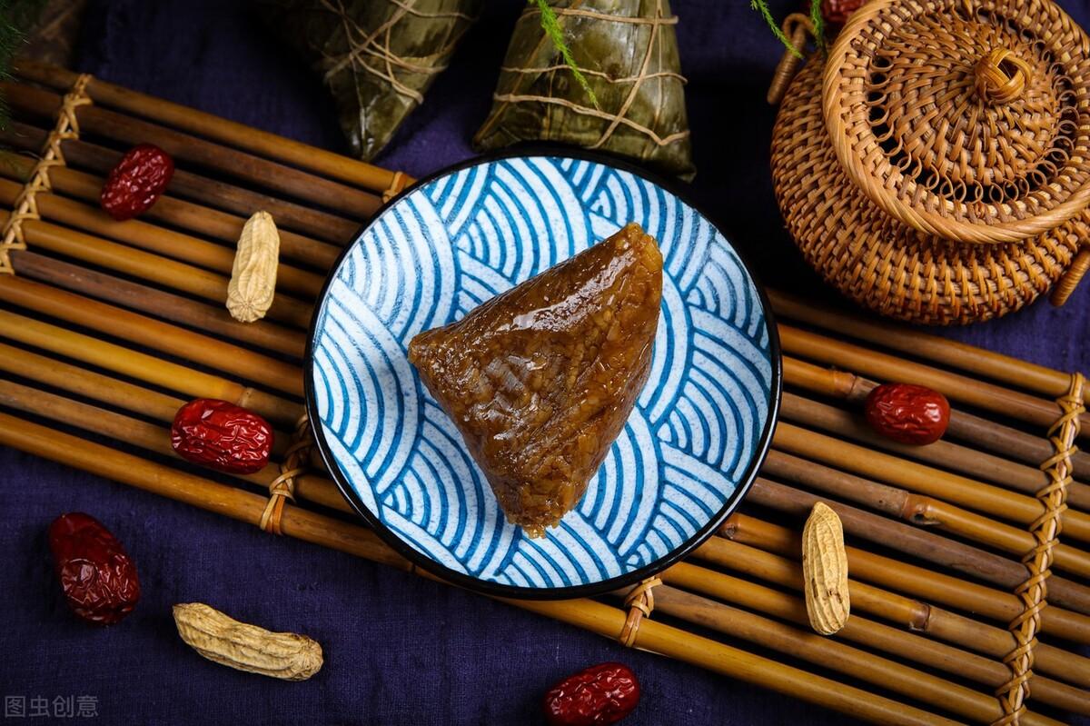 """包肉粽子为什么味淡?牢记""""1拌2腌3泡"""",肉香米糯,比买的都香 饮食健康 第2张"""