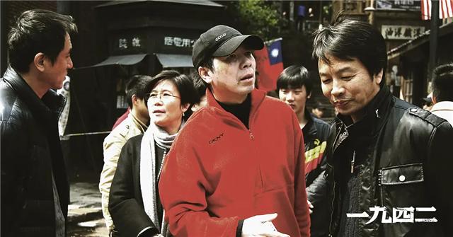 8年了,再看冯小刚的《一九四二》,明白了什么是人性的丑陋