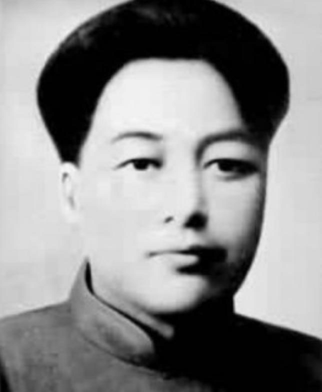 """毛主席葬礼上,""""001""""导弹专家身份公开,原来是主席亲侄子"""