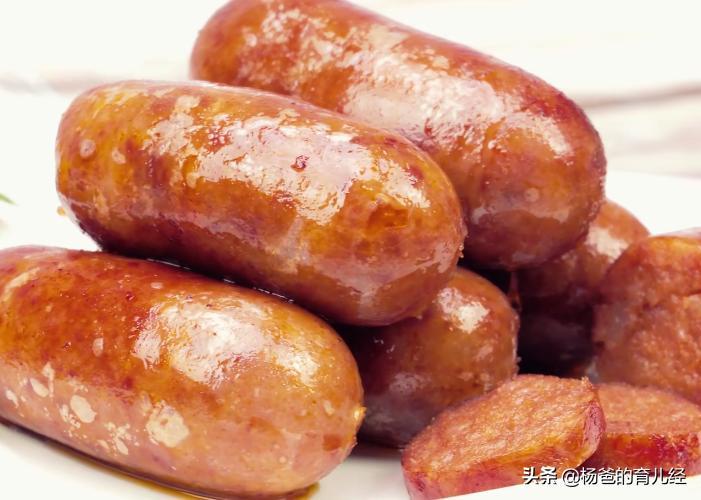 孩子愛吃的脆皮小香腸,在家教你輕鬆做,軟嫩鮮香又美味,真解饞