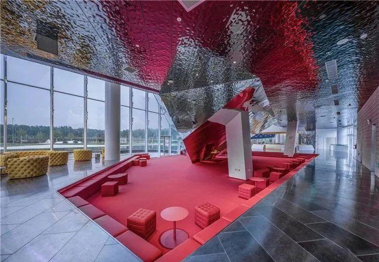 广州办公室设计装修公司-冠谱装饰