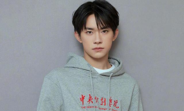 有人担心,张艺兴参加《街舞3》,收视率比不过四字弟弟