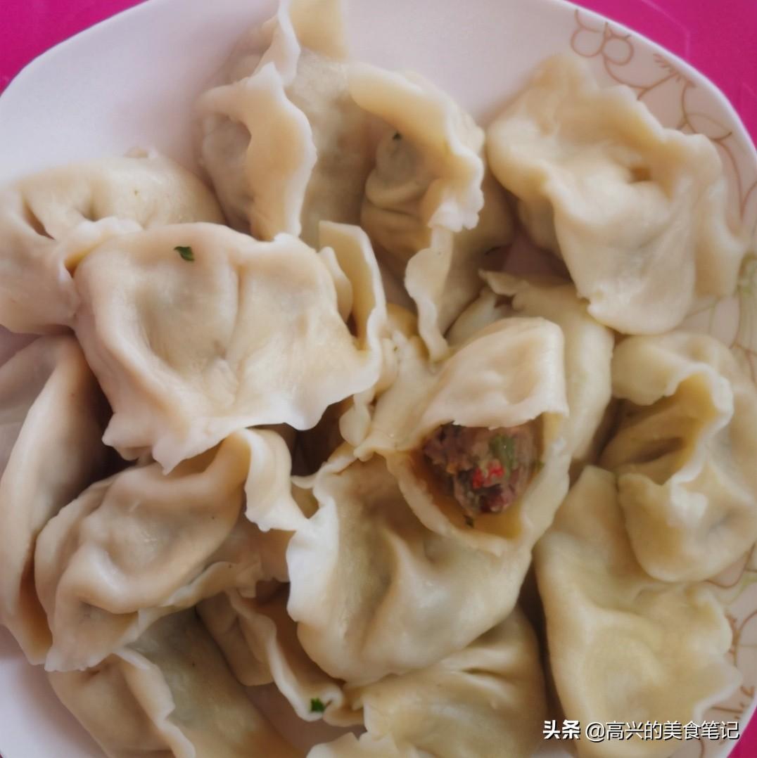 无论调什么饺子馅,切记这3种调料不要少,饺子包好鲜香嫩滑好吃 美食做法 第2张