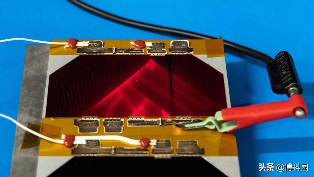 欧洲航天局公布:能发光的太阳能电池,未来太空探索或不可缺少