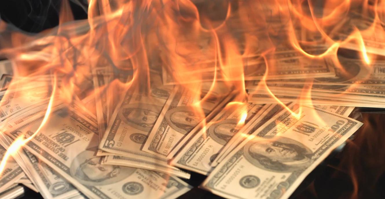 中俄去美元化迎新进展,各国央行抛售2万亿美债,美元地位不保?