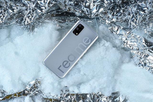 购买手机不必乱盲目跟风,现阶段非常值得选的5部1000元5G手机上,有了你最喜欢吗?