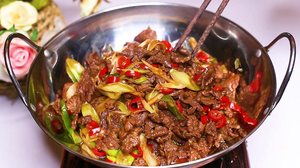 炒牛肉时,不要放盐和料酒腌制,教你正确方法,牛肉不老不柴 美食做法 第10张