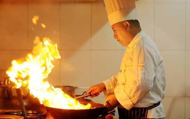 大厨炒菜为什么香?教你43个烹饪小技巧,学会后厨艺突飞猛进 亨饪技巧 第1张