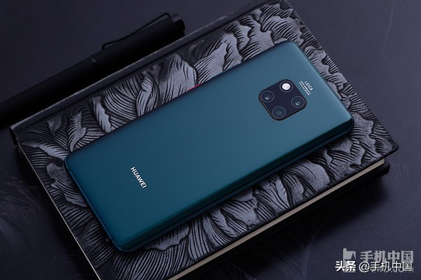 华为5G折叠手机Mate X公布 Mate系列产品不愧硬气当担