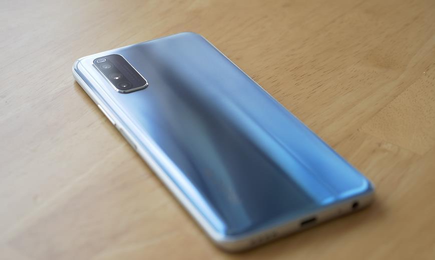 全世界第一款5G双卡双待,iQOO Z1 5G里程碑式公布!价钱香到无法想象