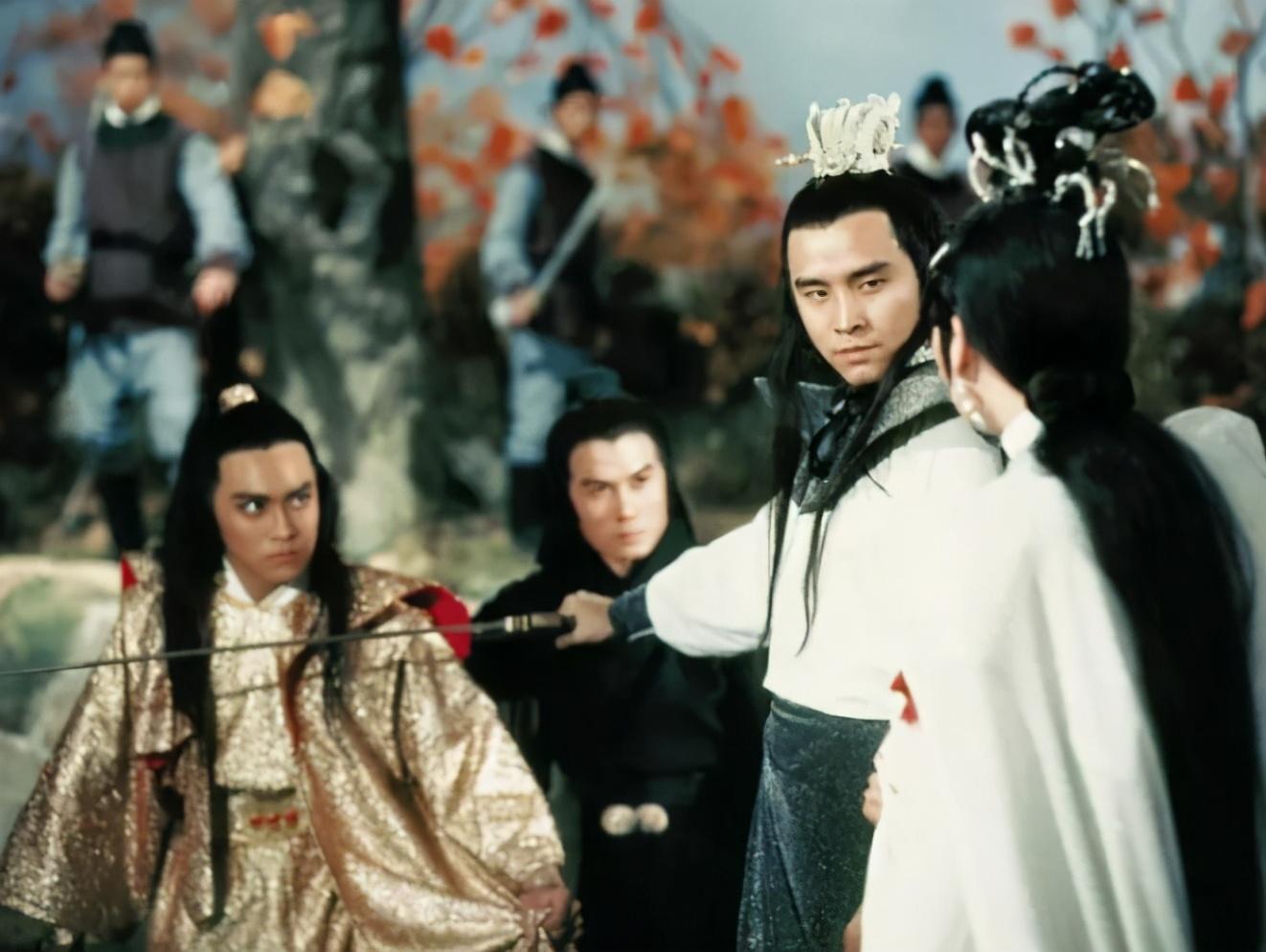 重温电影《三少爷的剑》,四十三年前的尔冬升,除了帅,还有演技