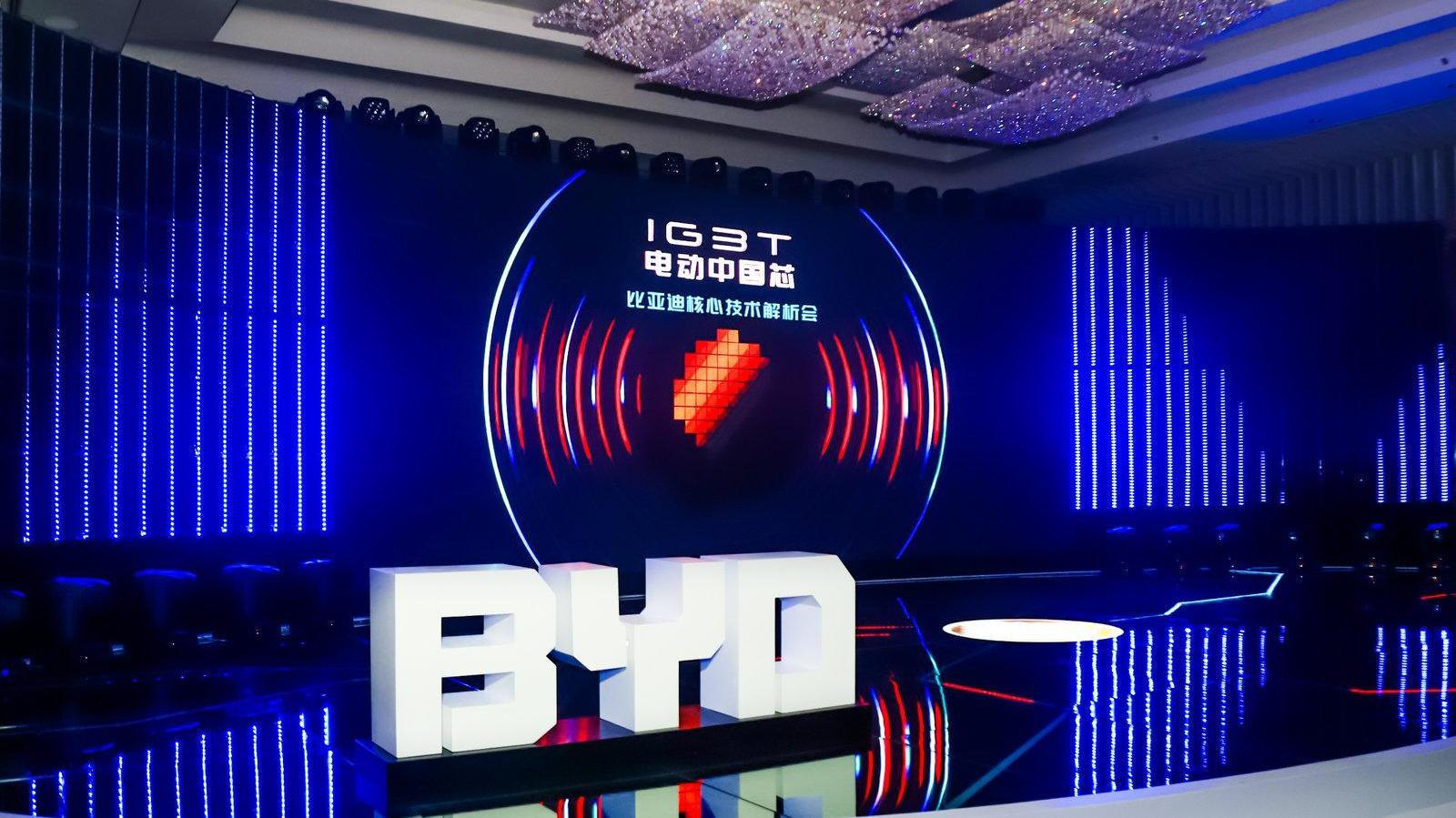 中国又一芯片自研成功,打破德、日垄断局面,西方或将损失万亿