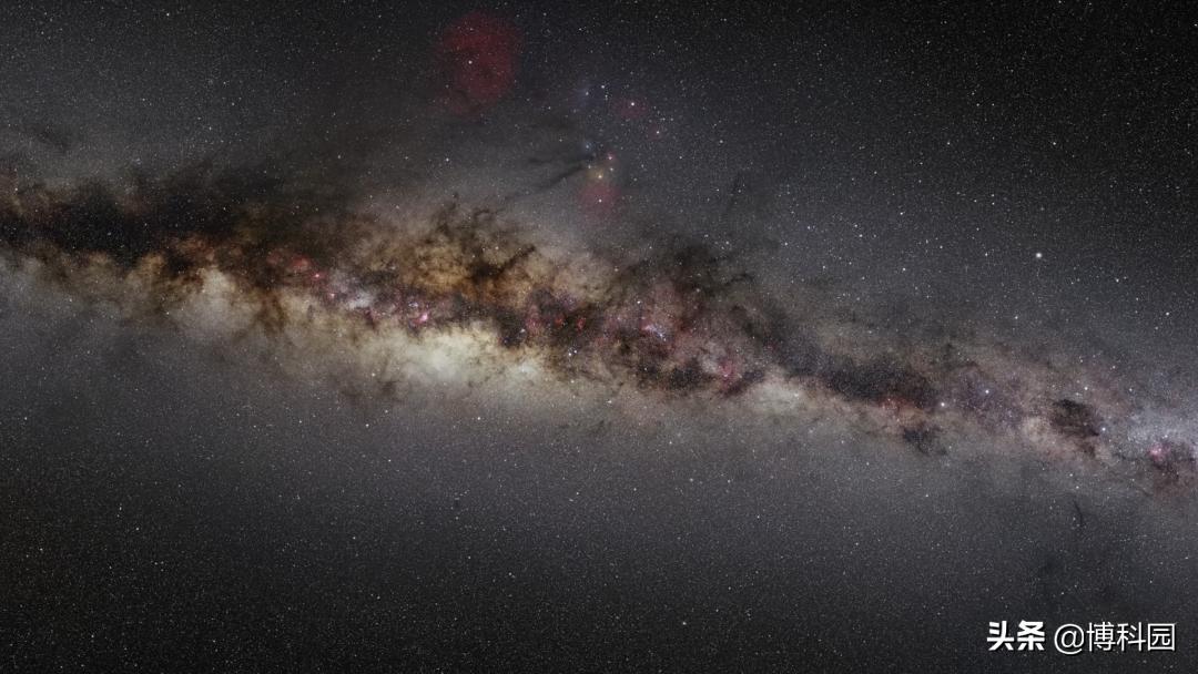 """哈勃望远镜拍摄""""行星状星云""""的最新影像,蝴蝶星云好美啊"""