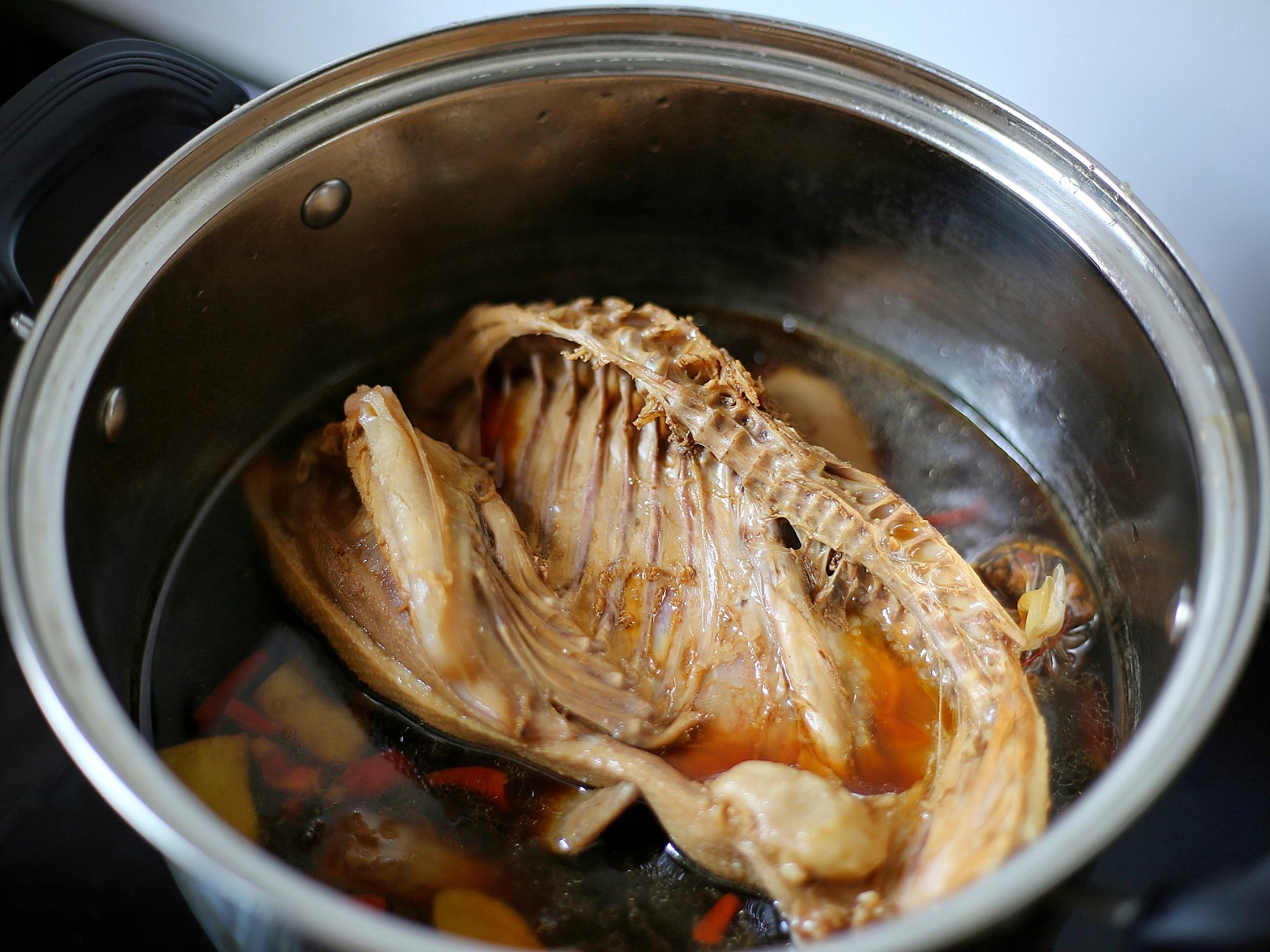 這滷鴨配方我用了8年,每次做它,還是會被它的味道所驚艷,真香