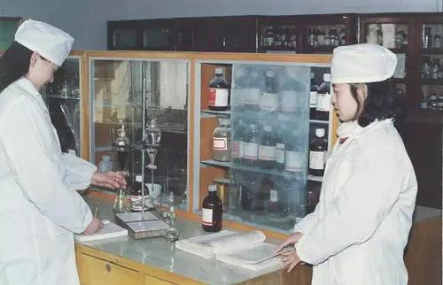 反壟斷!罰完阿里罰藥企,這家總部修得像紫禁城的藥企被罰7.64億