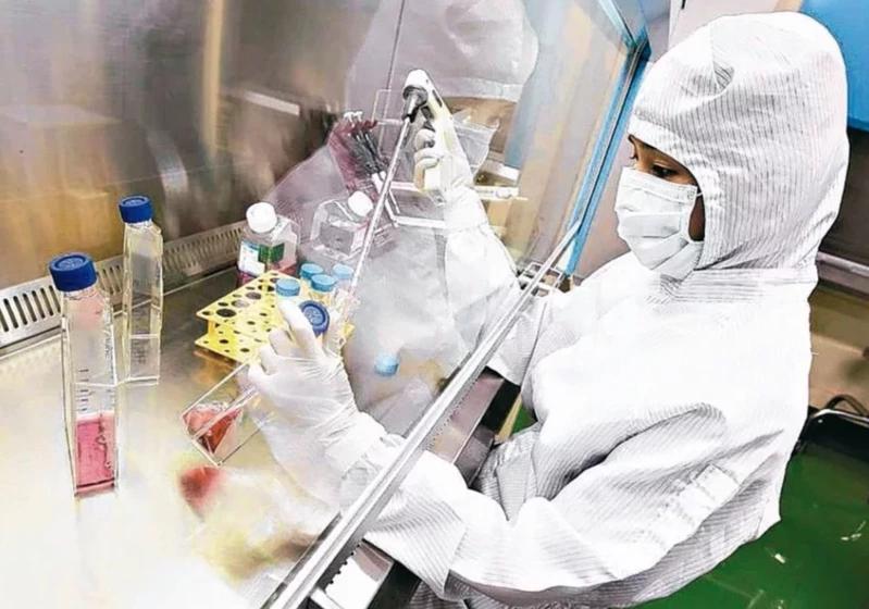 台灣自製疫苗有沒有效? 柯文哲:跟食鹽水做對照不符合醫學倫理