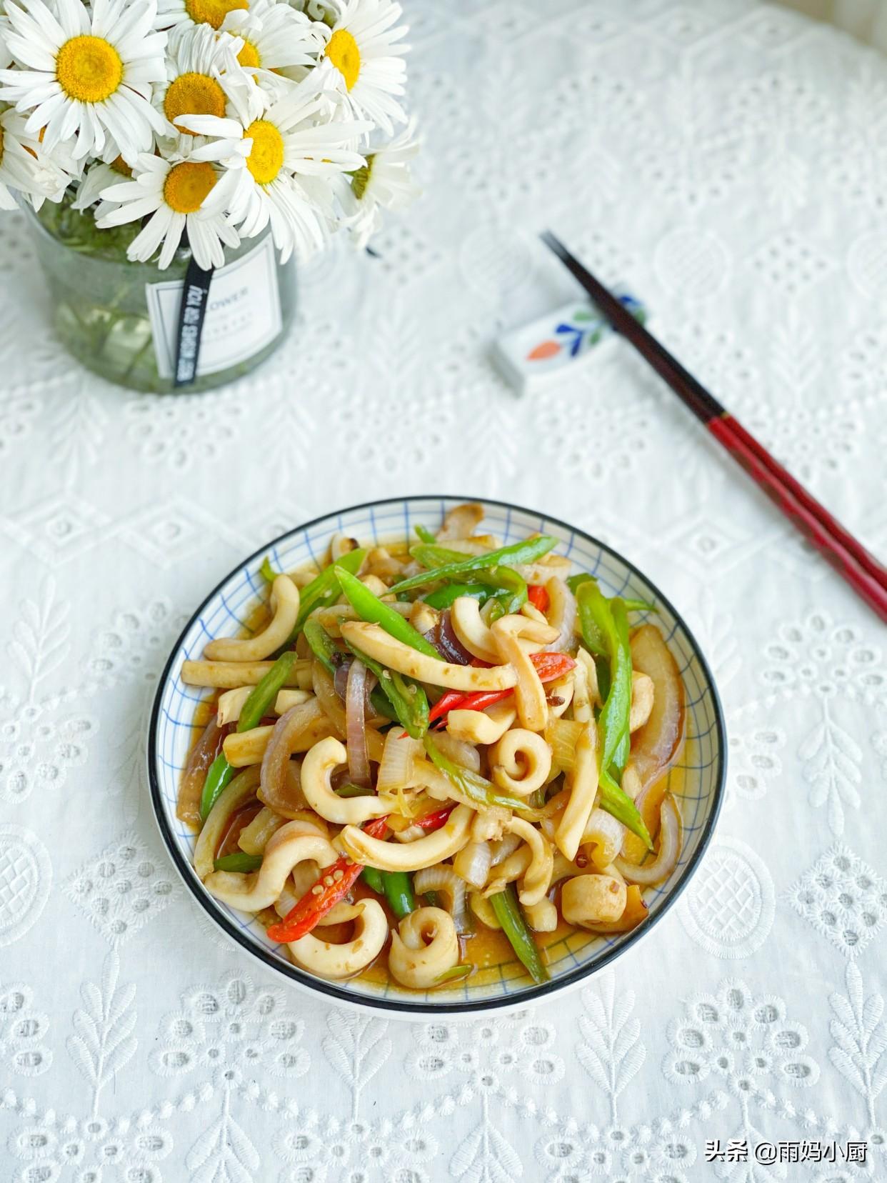 香辣魷魚的家常做法,簡單快手又下飯,麻辣香鮮秒殺路邊攤