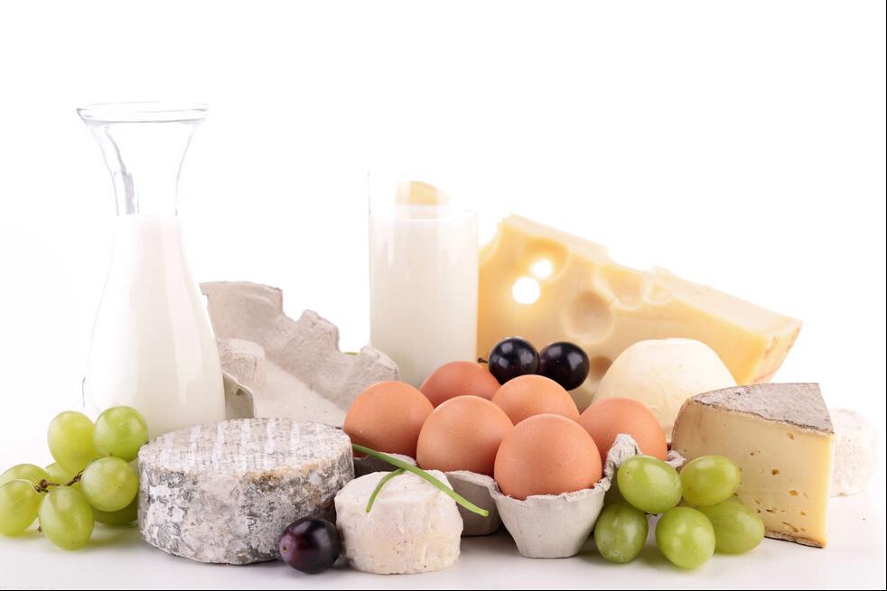 家里有老人小孩想补钙,除了钙片这3种食物也要吃,多吃促进吸收