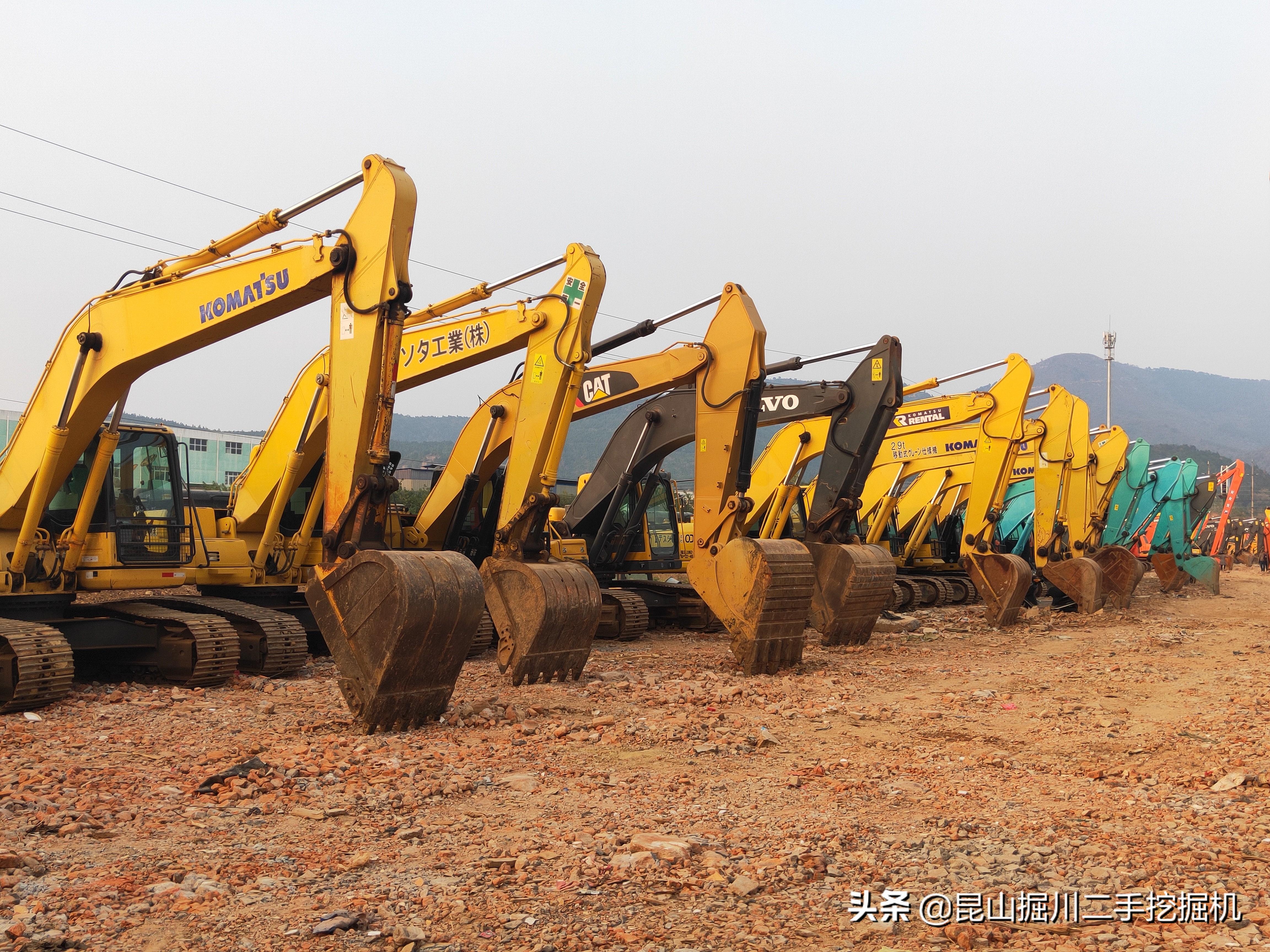 挖掘机行业行情惨淡,是什么原因导致?明年能否有所转变