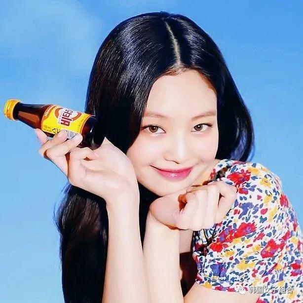像小猫一样的这位女团爱豆新广告,满满维他命的清爽感