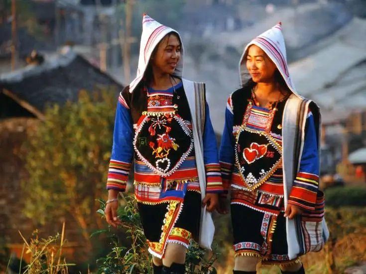 中国56个民族(五十六),基诺族
