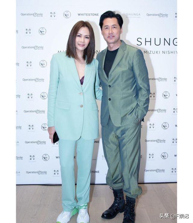 女友早已融入家中!香港型男艺人王敏德的女儿宣布与女友结婚