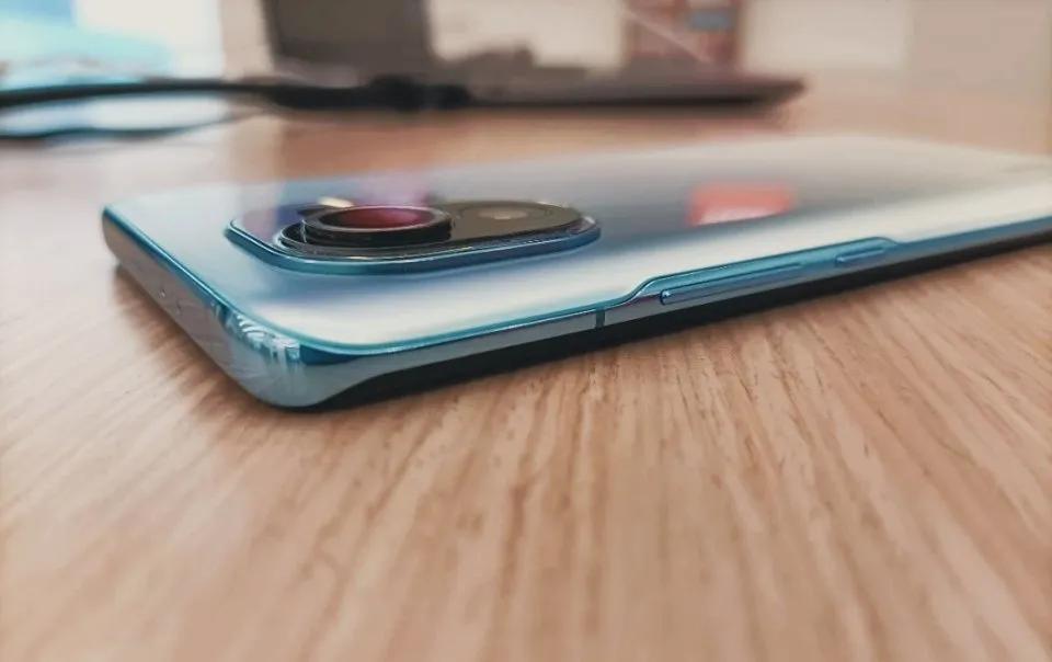 小米都用上1亿像素了,为什么苹果还是1200万?
